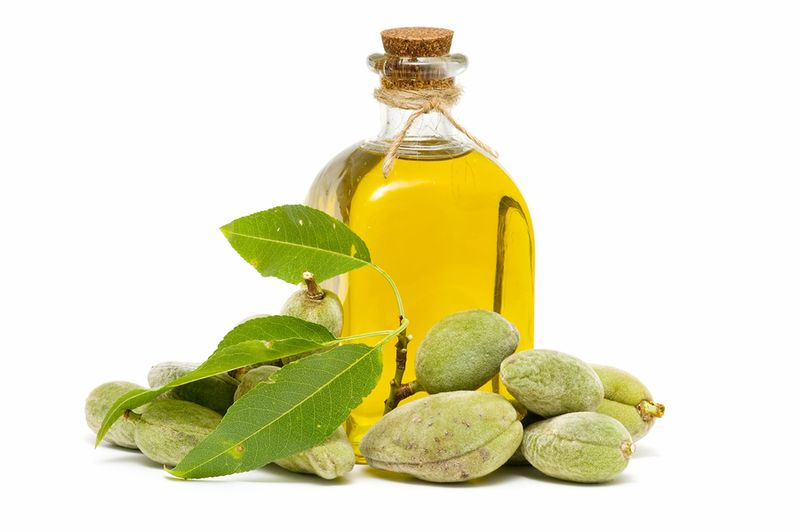 Benefits-of-almond-oil